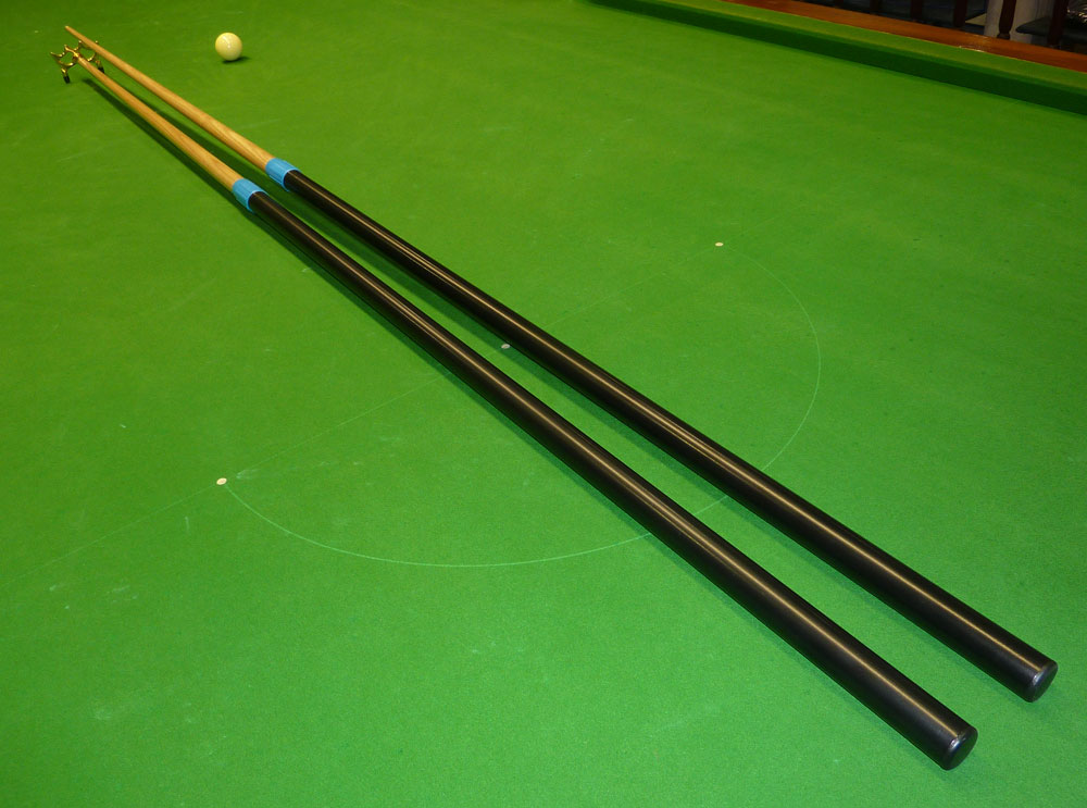 Telescopic Reachmaster table cue & rest set